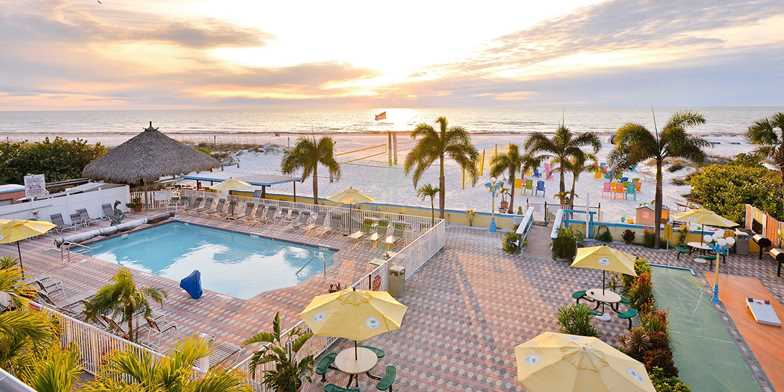 Plaza Beach Hotel - Beachfront Resort | Travelzoo