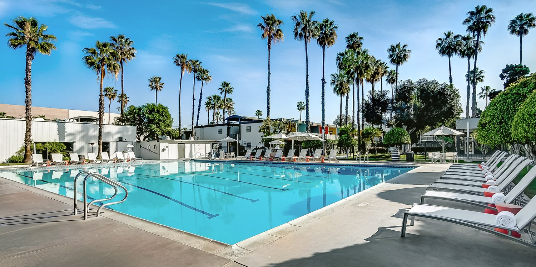 The Anaheim Hotel | Travelzoo