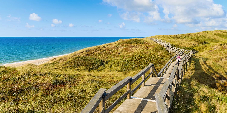 ab 149€ – Wiedereröffnung: Strandhotel auf Sylt, -35% -- Westerland