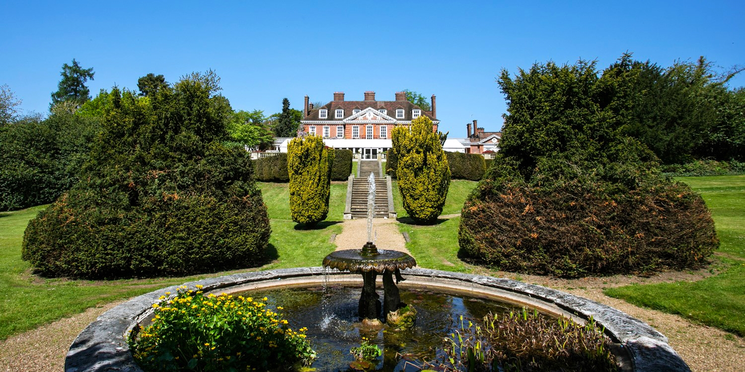 $137 – Hertfordshire manor stay inc meals & wine, save 48% -- Kings Langley, United Kingdom