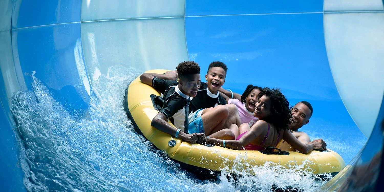 Member Exclusive – Indoor Water Park Stay at Great Wolf Lodge, 60% Off -- Gurnee, IL