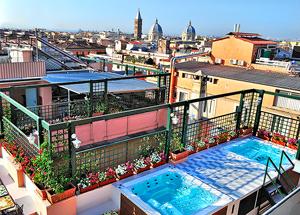 Terraza del hotel con jacuzzi